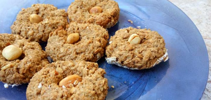 Biscoito de aveia com amendoim