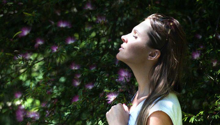 Respiração profunda para controlar ansiedade -  Photo by VisionPic .net from Pexels